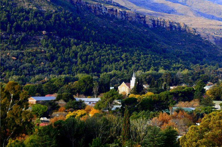 Beautiful village Lady Grey